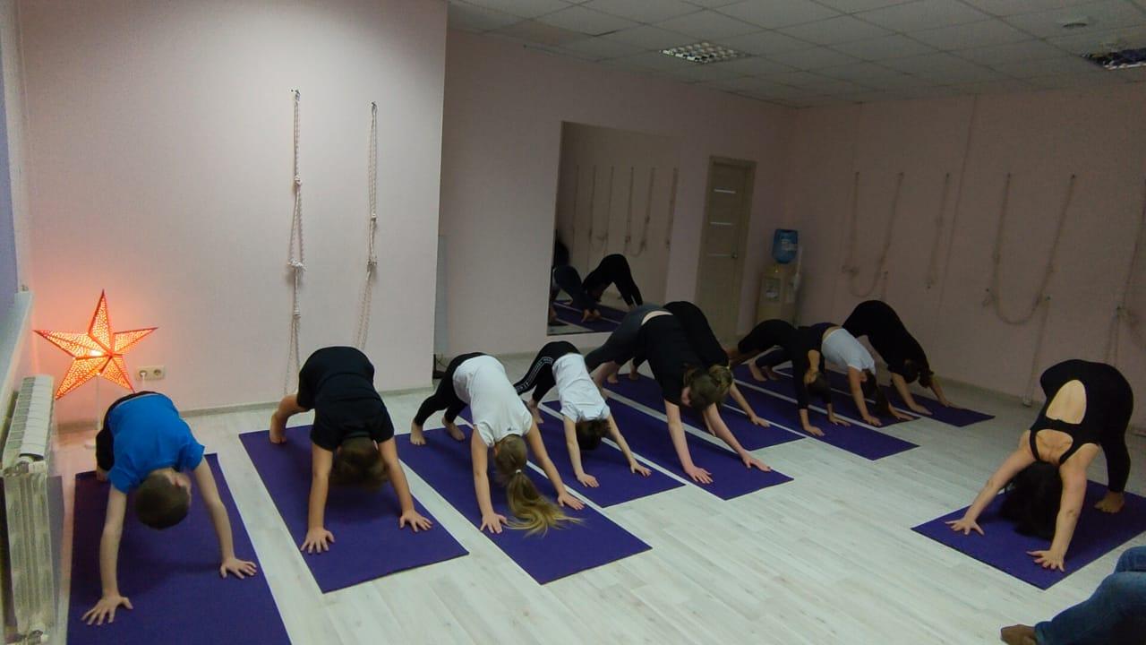Инара Константинова детская йога