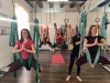 обучение йоге в гамаках